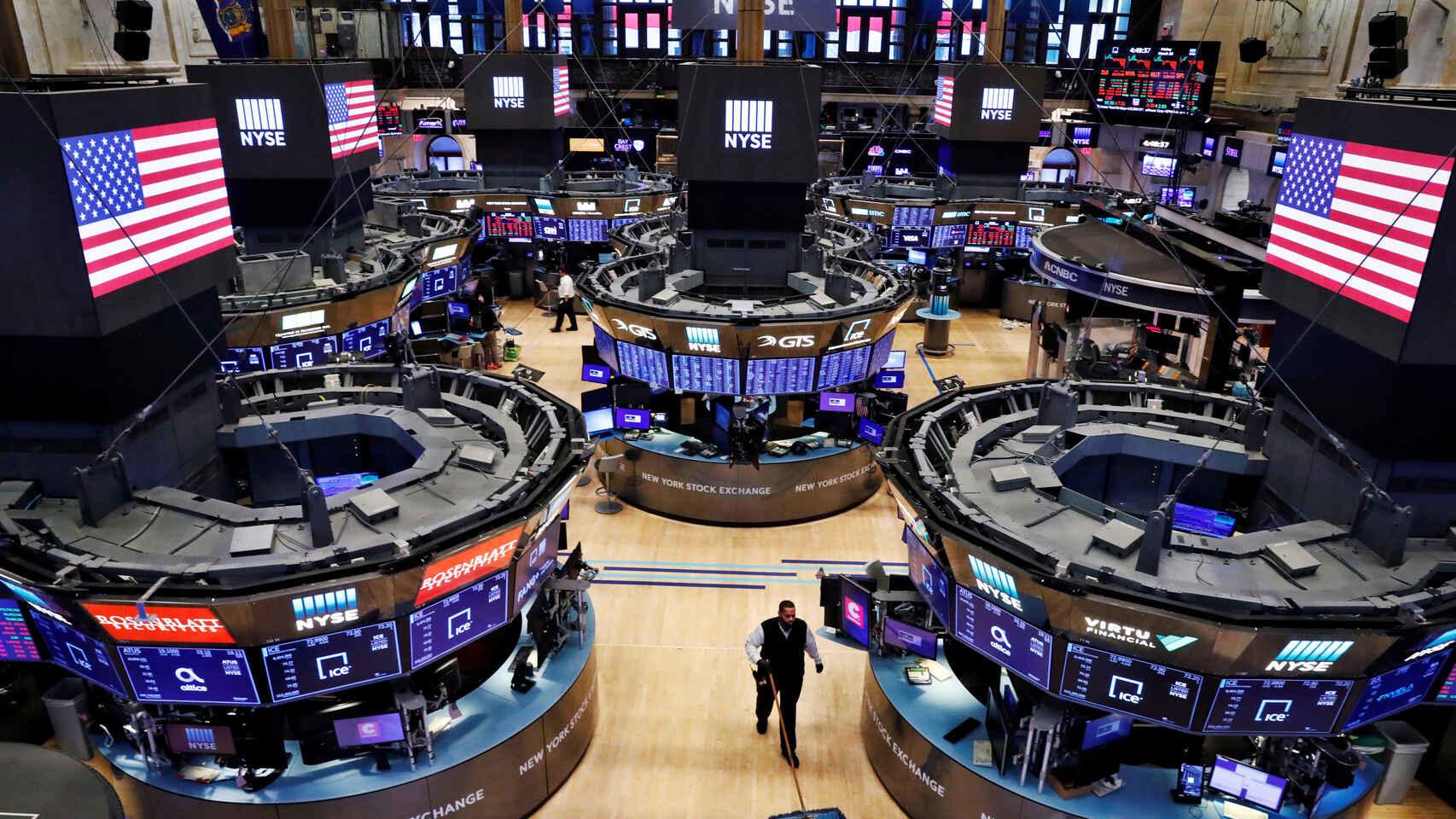 Reddit versus Wall Street